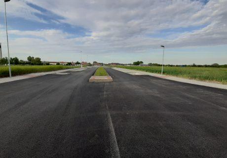 Fotka galérie Máj 2020  - finálna vrstva asfaltu  - 1