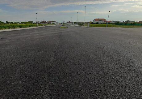 Fotka galérie Máj 2020  - finálna vrstva asfaltu  - 3