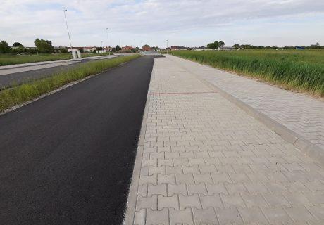 Fotka galérie Máj 2020  - finálna vrstva asfaltu  - 4