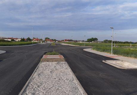 Fotka galérie Máj 2020  - finálna vrstva asfaltu  - 5