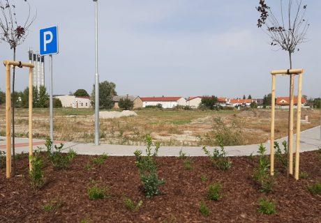 Fotka galérie október 2020  -  Už o pár dní ideme stavať lokalitu bytových domov - 3